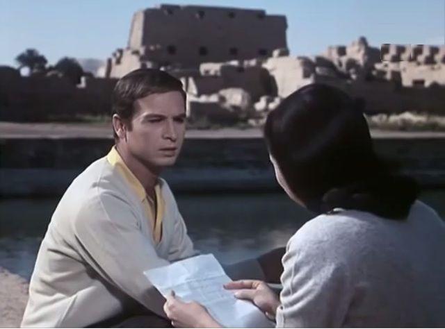 مشاهدة فيلم غرام في الكرنك 1967 DVD يوتيوب اون لاين