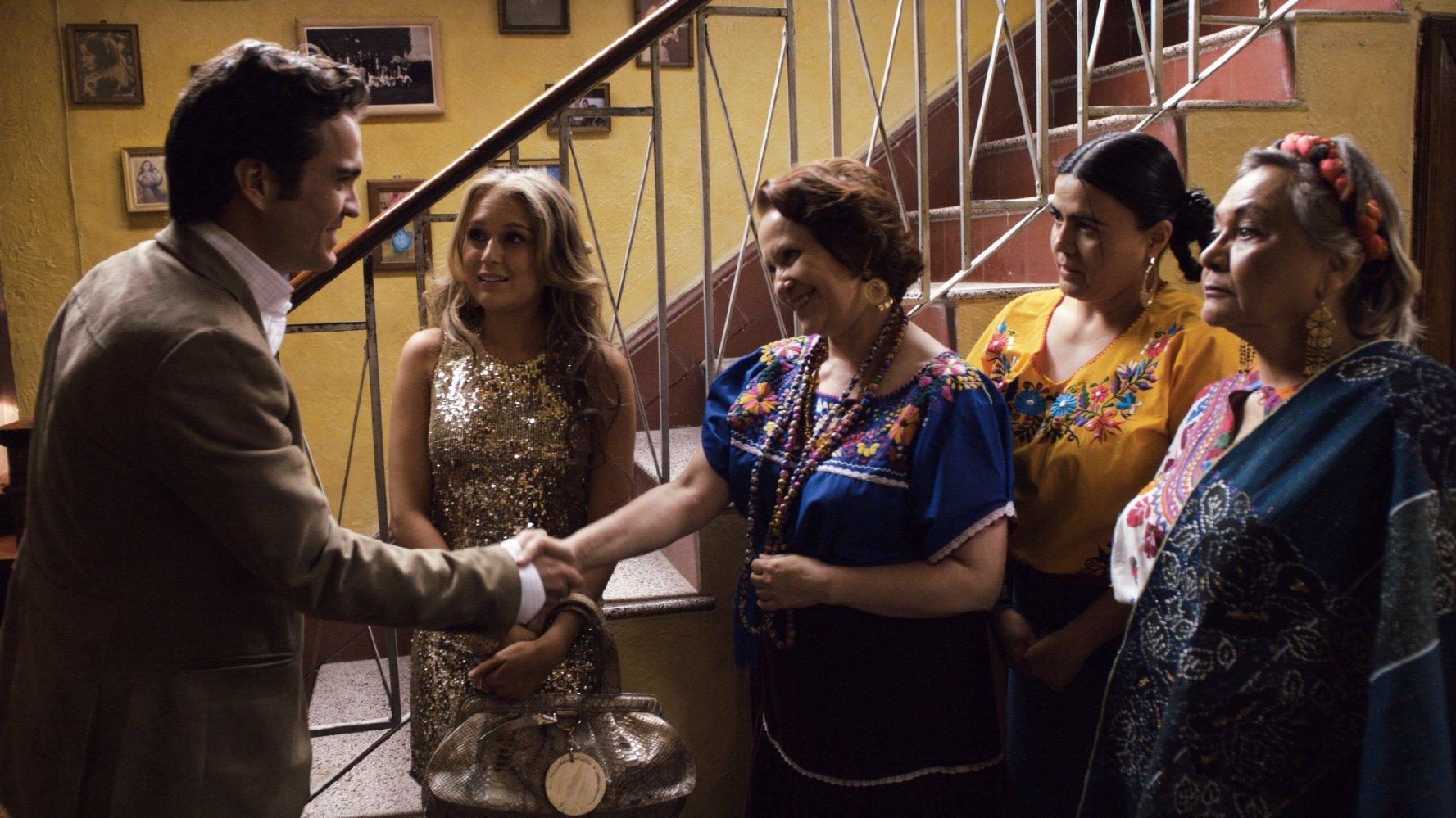مشاهدة فيلم From Prada To Nada 2011 HD مترجم كامل اون لاين