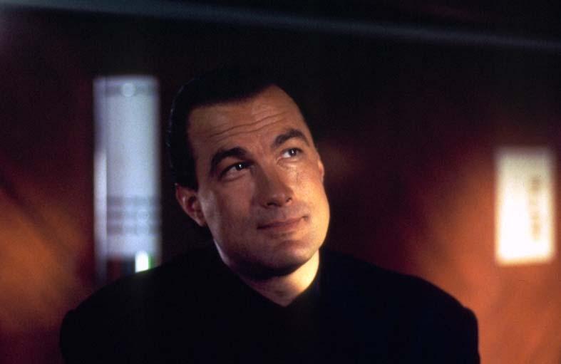 مشاهدة فيلم Under Siege 2 Dark Territory 1995 HD مترجم كامل اون لاين