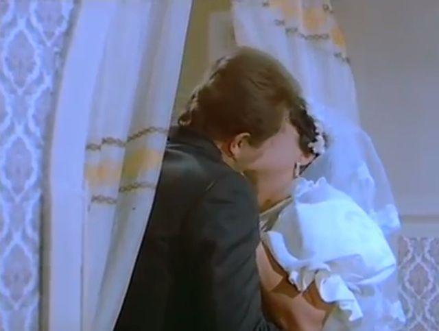 مشاهدة فيلم الشقة من حق الزوجة 1985 DVD يوتيوب اون لاين