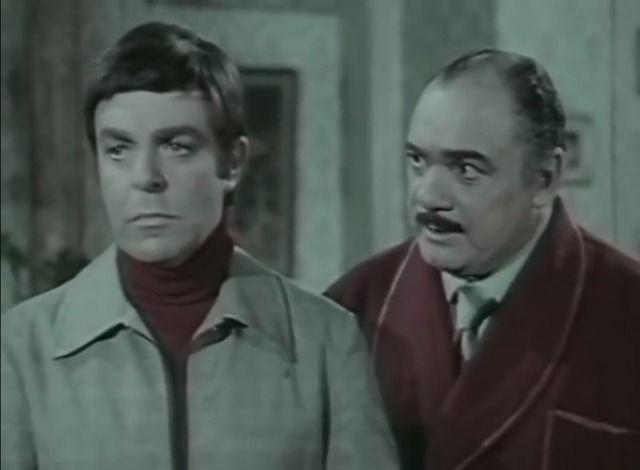 مشاهدة فيلم دماء علي الثوب الوردي 1981 DVD يوتيوب اون لاين