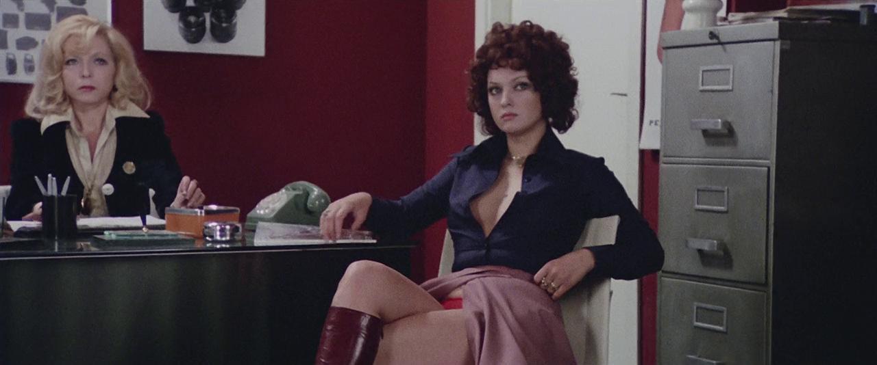 مشاهدة فيلم Strip Nude for Your Killer 1975 HD مترجم كامل اون لاين (للكبار فقط)