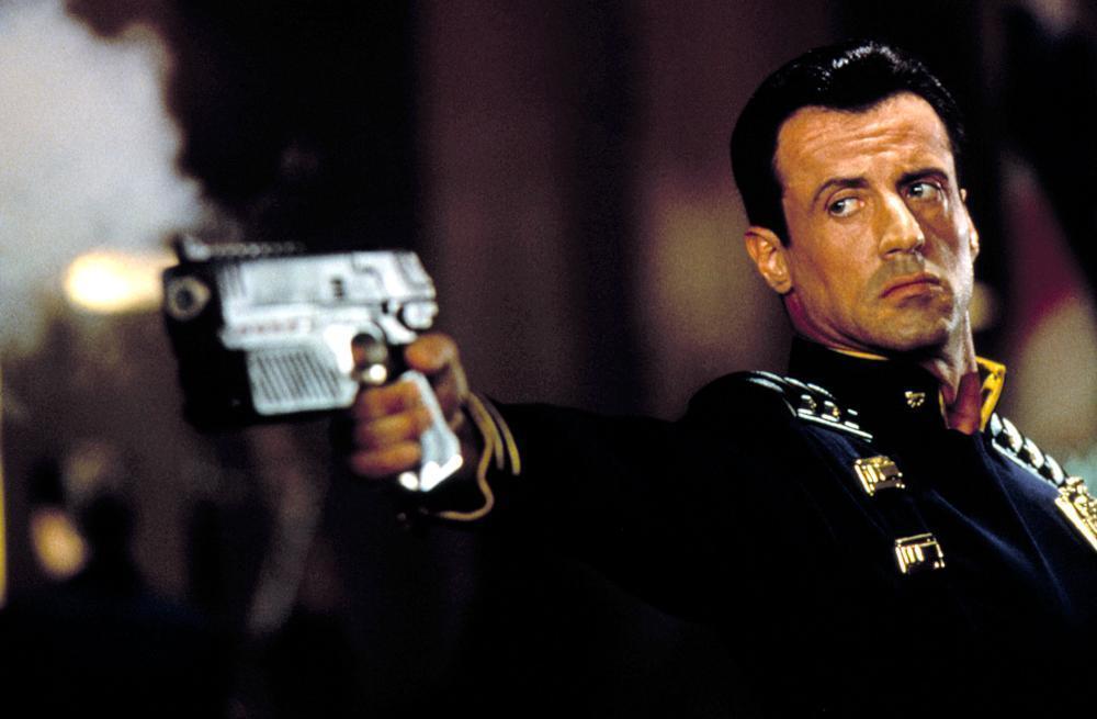 مشاهدة فيلم Judge Dredd 1995 HD مترجم كامل اون لاين
