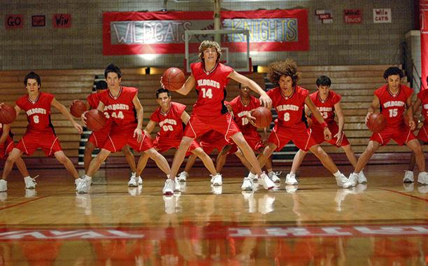 مشاهدة فيلم High School Musical 2006 HD مترجم كامل اون لاين