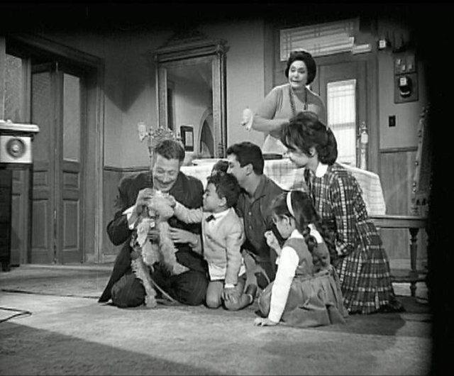 مشاهدة فيلم ام العروسة 1963 DVD يوتيوب اون لاين