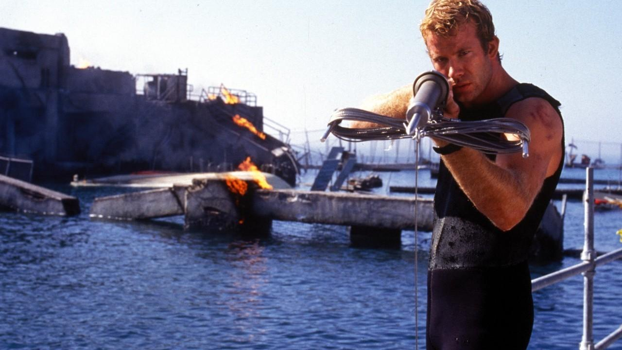 مشاهدة فيلم Deep Blue Sea 1999 HD مترجم كامل اون لاين