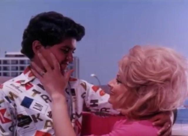 مشاهدة فيلم ابدا لن اعود 1975 DVD يوتيوب اون لاين